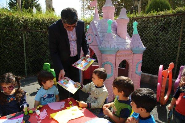 گزرش تصویری میزبانی کودکان مهد پیام از مدیرعامل موسسه